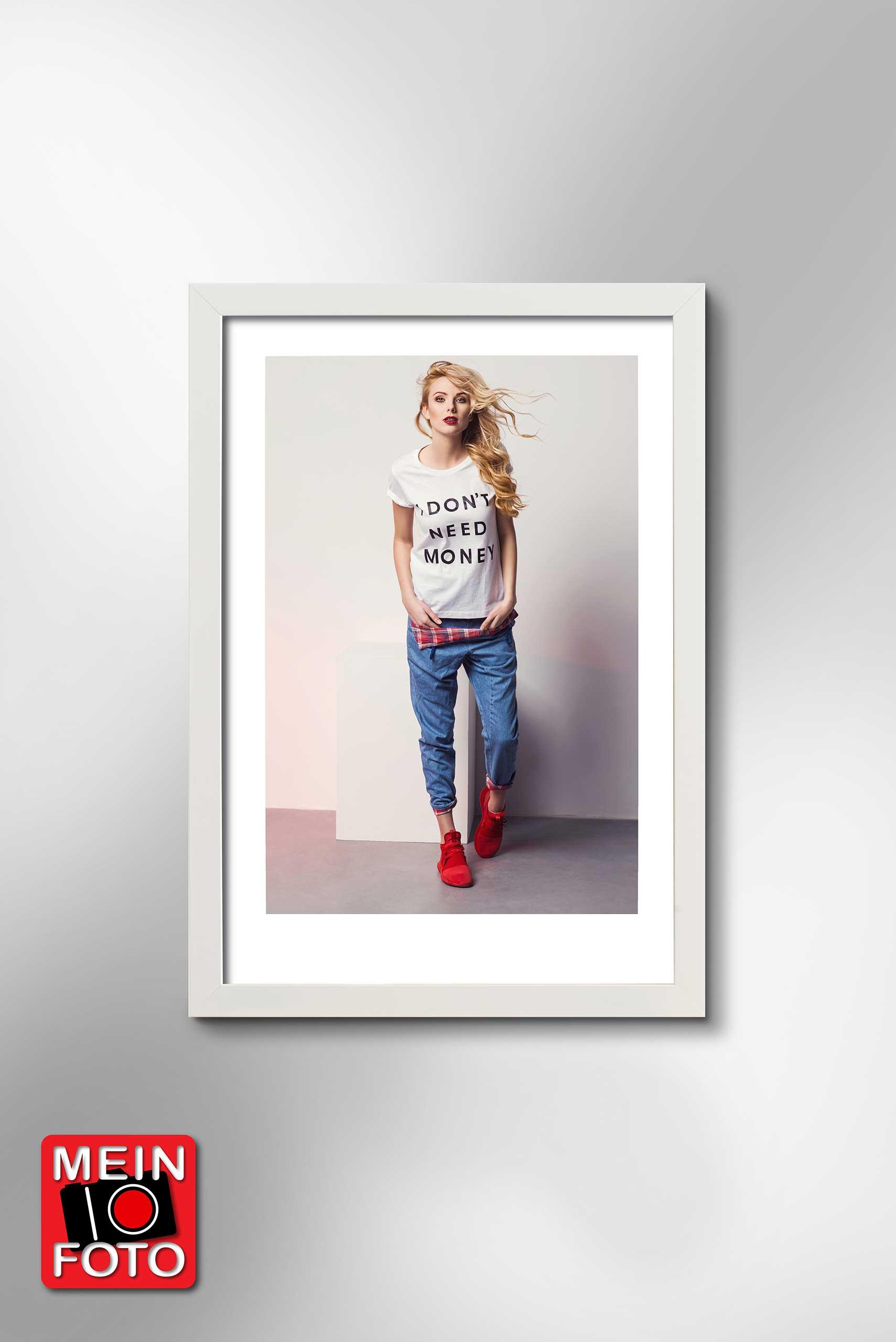 "Wandbild FINE ART WHITE 70x100cm Bilderrahmen Passepartout weiß Motiv ""Mein Foto"""